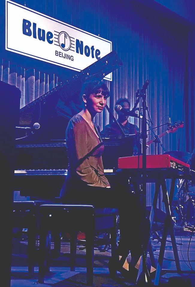 קוליק בהופעה בניו־יורק