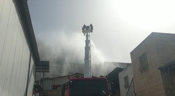 שריפה במפעל כפר כנא