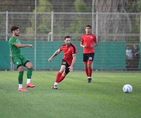 יובל  אבידור נגד מכבי חיפה