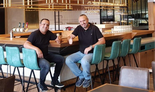 """בעלי המסעדה דודו ריגלר (מימין) ושרון ביטון. """"הרבה מסעדות יחזרו ובגדול"""""""