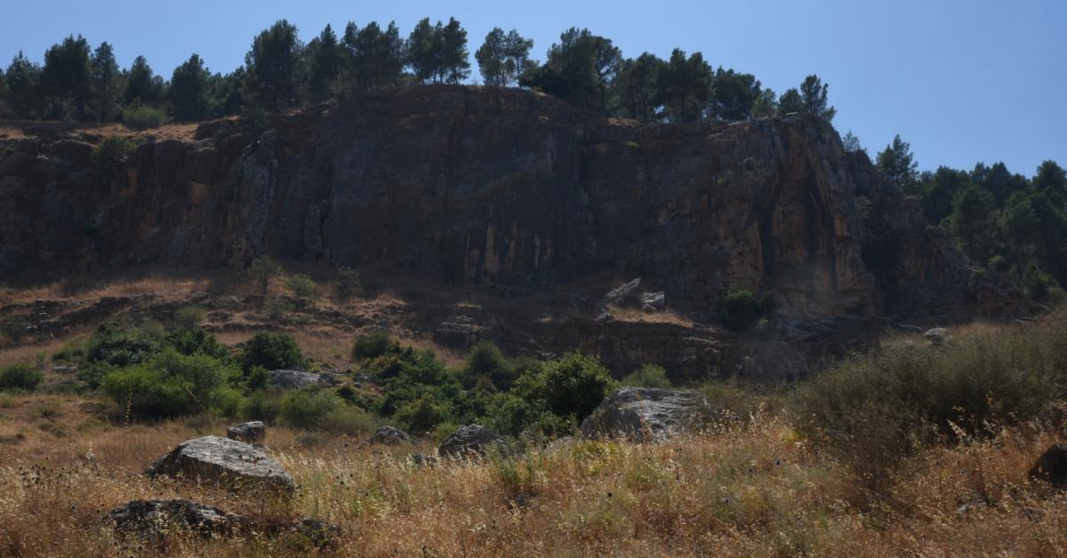 אזור שופע מצוקים, קרקע פורייה למטפסים