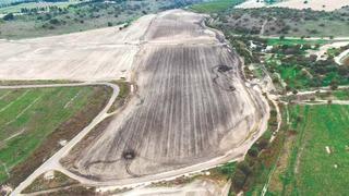 שדה חקלאי שנרמס על ידי רכבי שטח