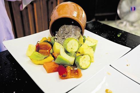 ממטבחה של אום אשרף. צילום: יואב דודקביץ'