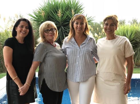 מימין לשמאל: מירב טל, חנה לוי־אטלי, נחמה טרכמן וסיגל אדרי (צילום: מטה 'לב התבור')