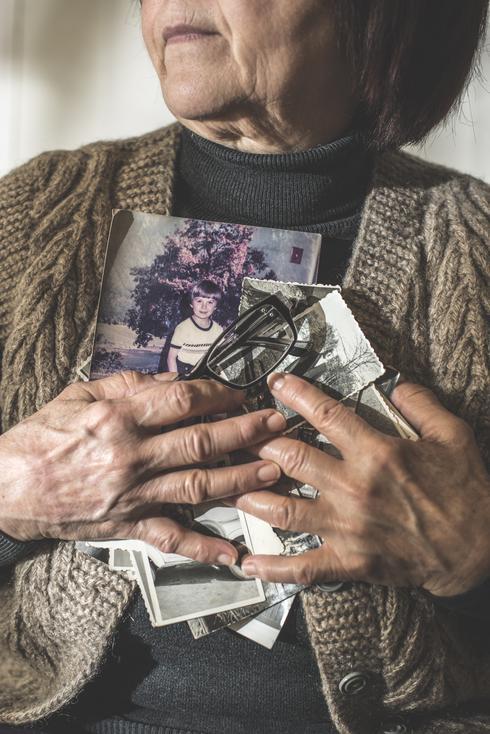 נתק של חמש שנים מסבא וסבתא | המחשה: שאטרסטוק