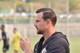 המאמן דני אומנסקי (צילומים: שרון צור)