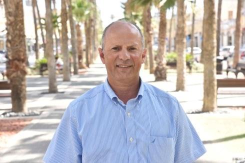 ראש העיר אבי אלקבץ (צילום: שרון צור)