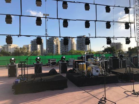 הבמה בפארק העירוני בעפולה (צילום: עומר לב)