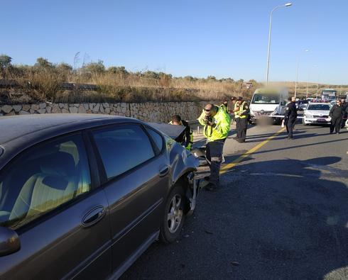 זירת התאונה. צילום: דוברות המשטרה